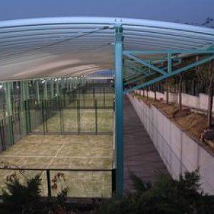 Construcción pistas de pádel cubiertas